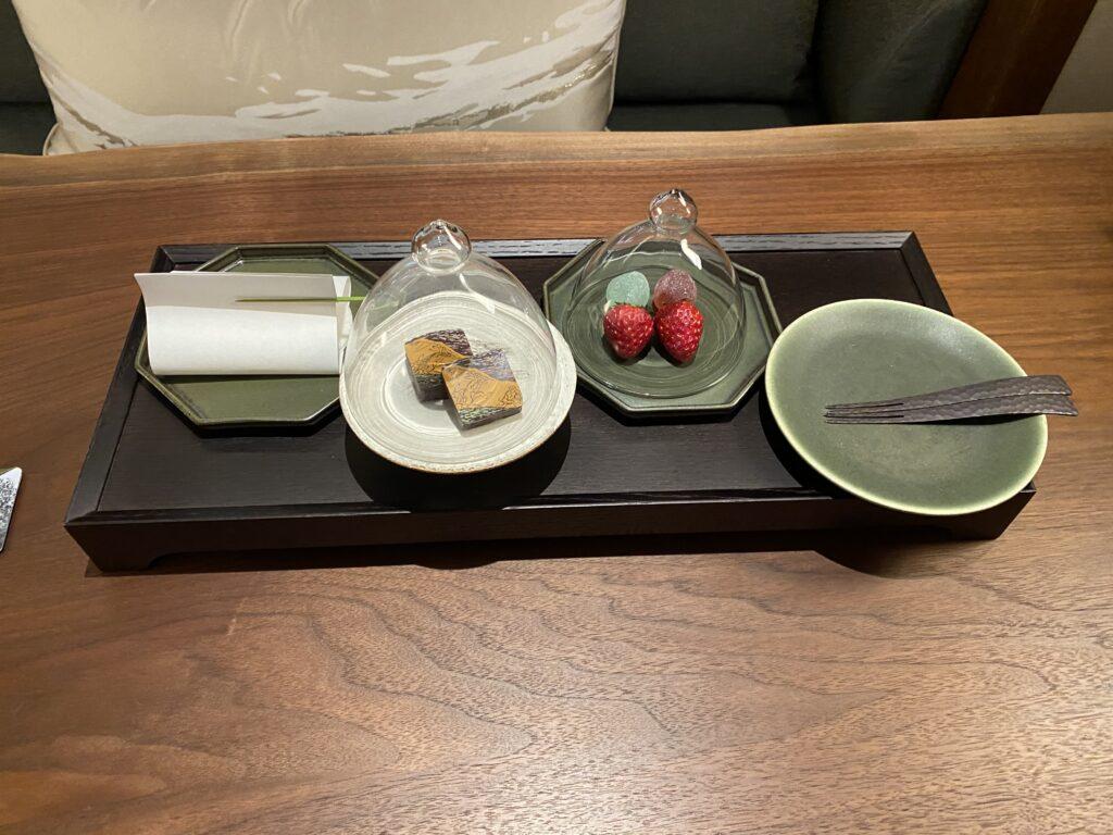 ホテルザミツイ京都ニジョウルームウェルカムスイーツ