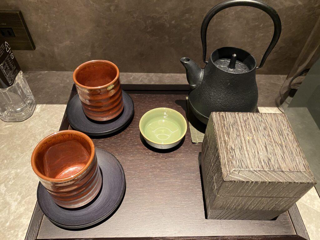 ホテルザミツイ京都ニジョウルームお茶